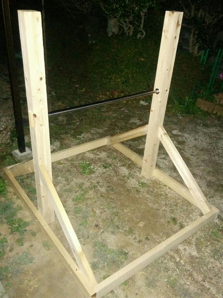 【DIY】えっ!庭に手作り鉄棒?材料費4000円台で作ってみました。