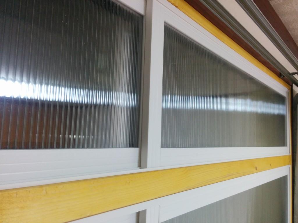 【DIY】掃き出し窓の内窓は木枠を作った方がガッチリ