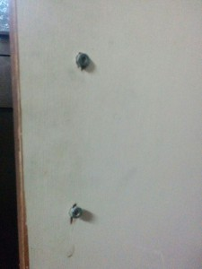 古めかしい扉をレンガ調にリメイク003