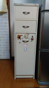 セリアのキッチン壁用シートでゴミ箱リメイク001