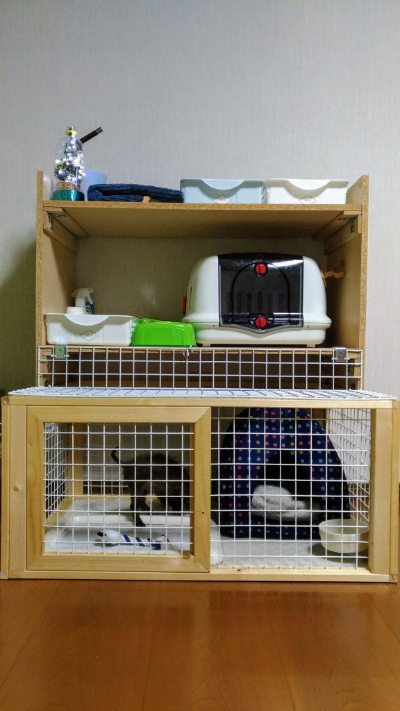 ペット用ウッディサークルに棚DIY!開閉可能なワイヤーネットで作業効率アップ