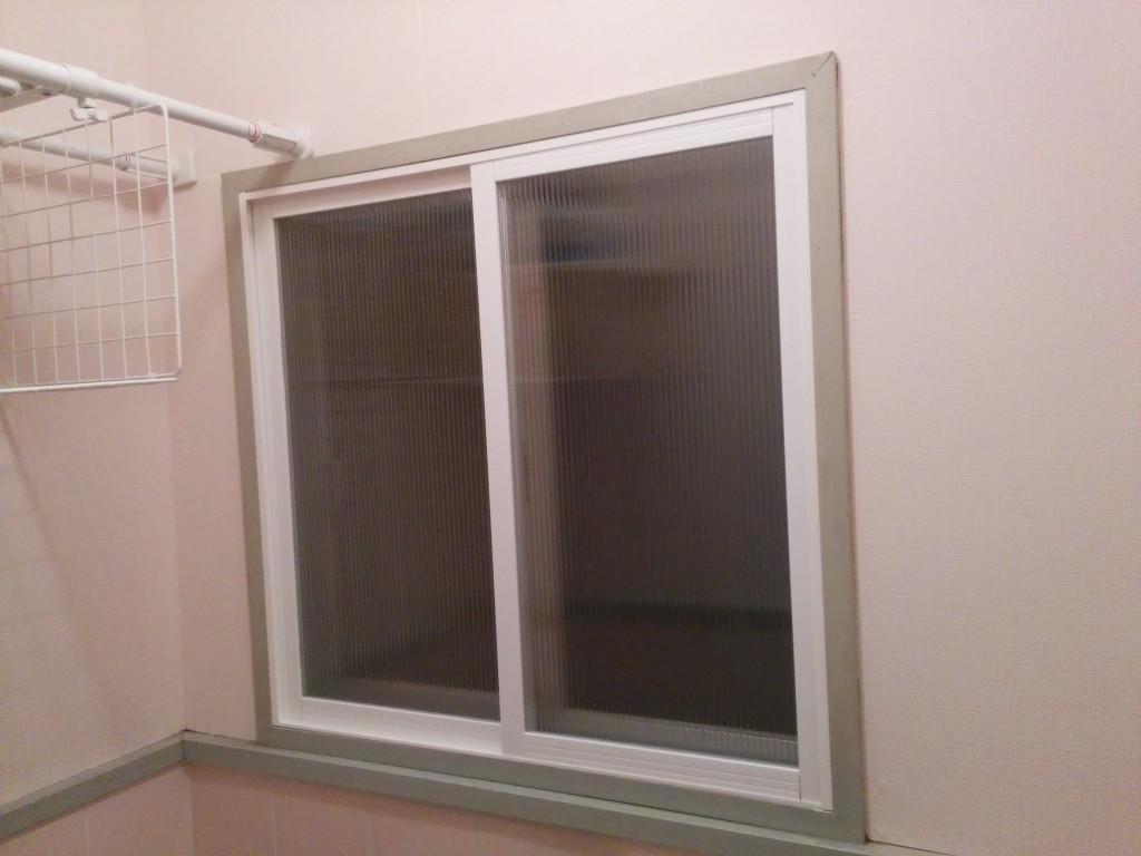 【DIY】トイレに内窓を作って寒さ対策!二重窓の作り方&寸法計算機付き