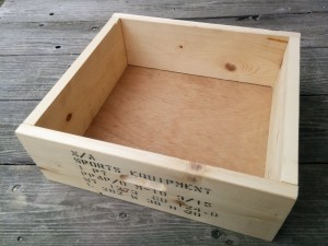 カントリーチックな木箱013