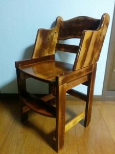 ハイチェアをこども用の椅子にリメイク018