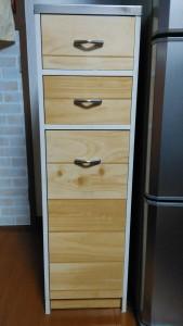 セリアのキッチン壁用シートでゴミ箱リメイク005