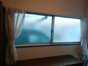 コンパネフレームで二重窓015