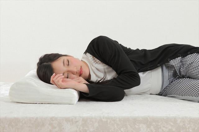 めりーさんの高反発枕に掛ける思い!腰痛は首が関係している?